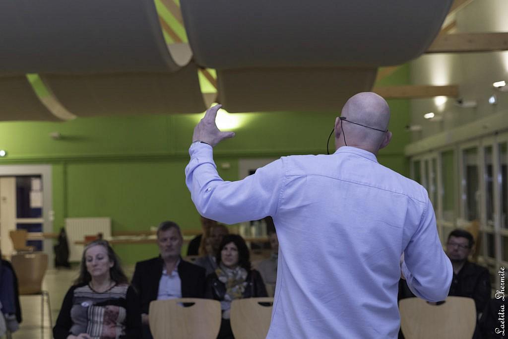 Reportage pendant une conférence